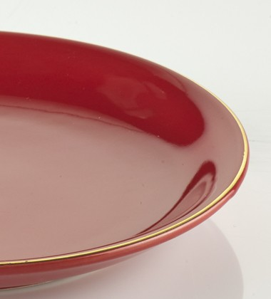 SMALL PLATES WITH GOLD EDGE RED